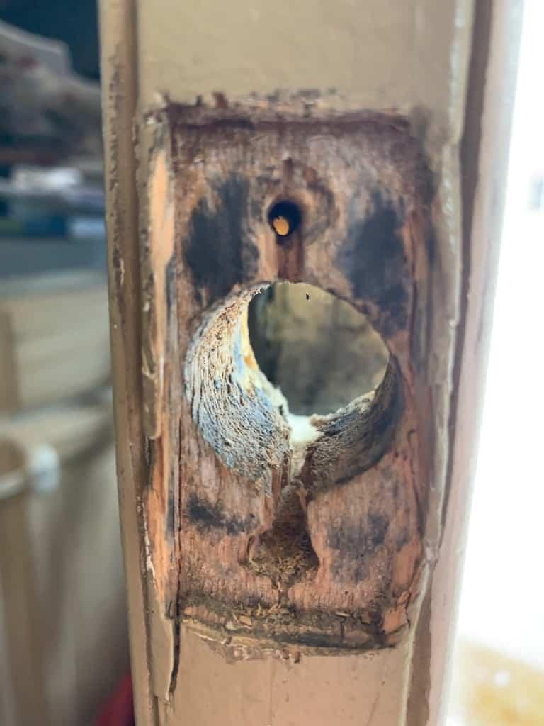 broken door about to be repaired